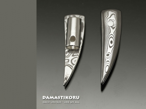 Damastikoru Beard Jewelry Wolf Tooth, Damascus steel
