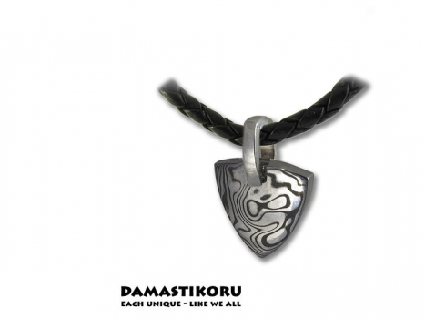 Damastikoru little Triangle pendant, Damascus steel