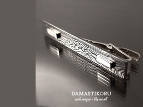 Damastikoru tie pin, Damascus steel